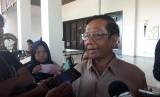Jelang Pengumuman Kabinet, Mahfud MD Hadir di Istana