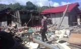 Suasana masyarakat terdampak gempa bumi di Halmahera Selatan.