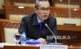 Calon pimpinan KPK Alexander Marwata menjalani uji kepatutan dan kelayakan di ruang rapat Komisi III DPR, Kompleks Parlemen, Senayan, Jakarta, Kamis (12/9/2019).