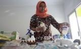 Pemprov Jabar, hingga saat ini belum menemukan kasus antraks pada hewan ternak maupun manusia. Namun, menurut Kepala Dinas Kesehatan Provinsi Jawa Barat Berli Hamdani, pihaknya meminta masyarakat Jabar untuk tetap waspada (Ilustrasi Vaksin Antraks)