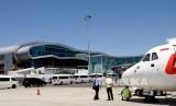 Suasana di Bandara Komodo Labuan Bajo, Manggarai Barat, NTT Ahad (19/1/2020).