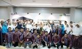 PT Pegadaian (Persero) memberangkatkan rombongan umrah perdana produk pembiayaan berbasis syariah yang dikembangkan perseroan yakni Arrum Safar.
