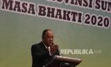 Ketua Umum KONI Marciano Norman menyampaikan pidato usai melantik pengurus KONI Provinsi Sumatera Selatan di Palembang, Ahad (26/1/2020).