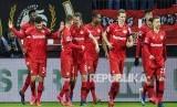 Selebrasi tim tuan rumah Bayer Leverkusen.