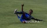 Pemain Persib Bandung, Beckham Putra.