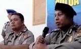 Aiptu Alumnir (kanan), anggota Polsek Gamping, Yogyakarta