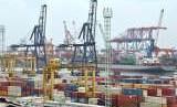 Aktivitas ekspor impor.