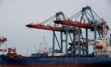 Aktivitas ekspor impor