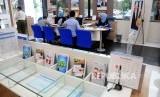 Aktivitas pelayanan nasabah. Bank Syariah di Indonesia perlu menggandeng lebih banyak instansi dan komunitas untuk tingkatkan dana murah atau CASA.