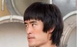 Aktor Mike Moh berperan sebagai Bruce Lee dalam film Once Upon a Time in Hollywood.