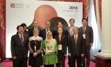 Alisa Wahid usai menerima penghargaan Asia Democracy and Human Rights Award 2018