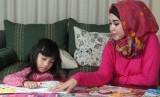 Ramadhan sudah dekat, si kecil sebaiknya mulai diajak diskusi untuk menyiapkannya belajar berpuasa.
