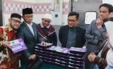 Anggota Panja Haji DPR sedang melakukan peninjauan persiapan katering haji.
