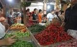 bahan kebutuhan pokok di pasar tradisional