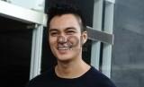 Baim Wong tetap mengajak para penggemarnya untuk berbagi dan peduli dengan sesama di momen Lebaran.