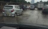 Banjir di Jalan Tol.