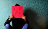 Mudah merasa depresi, stres, atau cemas merupakan gejala gangguan mental yang umum. Foto:Cemas. Ilustrasi