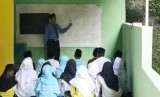 Belajar agama Islam (Ilustrasi)