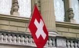 Bendera Swiss. Dengan meninggalnya 38 pasien Covid-19 pada Sabtu sore, total kasus meninggal di Swiss jadi 235.