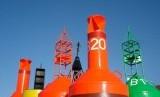 Berbagai jenis buoy untuk deteksi dini sejumlah gejala alam.