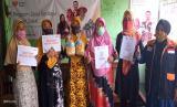 Bertempat di RT 03 RW 08 Podosugih, Kecamatan Pekalongan Barat, Rumah Zakat menyalurkan bantuan modal usaha bagi para pelaku UMKM yang terdampak pandemi Covid 19 sejak Maret 2020 lalu.