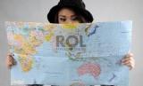 Bisa berkeliling dunia merupakan impian banyak orang.