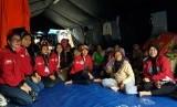 BMP meninjau langsung lokasi kebakaran dan tempat pengungsian warga di Jalan Thalib, Taman Sari, Krukut, Jakarta Barat.
