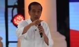 Jokowi: Kalau Debat Dilaporkan, <em>Nggak </em>Usah Ada Debat Saja