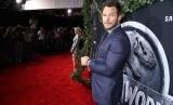 Aktor Chris Pratt menyebut Jurassic World 3 akan menjadi yang terbesar dan terbaik.
