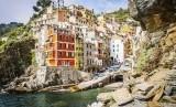 Cinque Terre menjadi desa paling polpuler di Instagram.