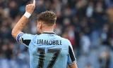 Ciro Immobile menciptakan hattrick saat Lazio benamkan Sampdoria 5-1 pada di Stadio Olimpico, Roma, Sabtu (19/1)