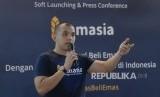 Co-Founder dan CEO Tamasia Muhammad Assad menjelaskan aplikasi digital jual beli emas secara syariah, Rabu (11/10).