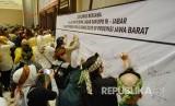 Deklarasi Bersama Caleg DPR-RI Dapil Jabar, DPD-RI dan DPRD Provinsi Jabar Dalam Rangka Pemilu Damai 2019 di Provinsi Jabar, di Sudirman Grand Ballroom, Kota Bandung, Senin (11/3).