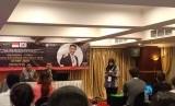 Deputi Bidang Pengembangan Pemuda Asrorun Ni'am Sholeh menyambut para peserta Pertukaran Pemuda Indonesia Korea 2019 di Hotel Ambhara, Jakarta pada Rabu (26/6) malam.