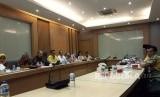 Dewan Pakar Partai Golkar menggelar pertemuan dengan perwakilan Ketua Dewan Pimpinan Daerah Partai Golkar tingkat satu atau provinsi se-Indonesia di Kantor DPP Partai Golkar, Slipi, Jakarta pada Jumat (8/12).
