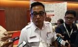 Direktur Utama PT Kereta Commuter Indonesia Muhammad Nurul Fadhila memberikan keterangan pers kepada wartawan mengenai kinerja 2017 di Hotel Borobudur, Jakarta, Kamis (4/1).