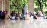 Diskusi dakwah di masjid (ilustrasi)