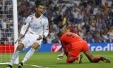 Ekspresi penyerang Real Madrid Cristiano Ronaldo seusai menjebol gawang APOEL pada pertandingan Grup H Liga Champions di Santiago Bernabeu, Kamis (14/9) dini hari WIB.