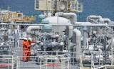 Fasilitas terminal LNG milik PT Perusahaan Gas Negara, Tbk (PGN)  di Jawa Timur.