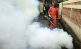 Fogging untuk mengantisipasi berkembangnya nyamuk DBD
