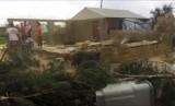 Gambar dari tangkapan layar video ini menunjukkan kerusakan sebuah rumah akibat terjangan Badai Gita di Nuku'alofa, Tonga, Selasa (13/2).