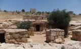 7 pemuda kahfi tertidur dalam gua selama ratusan tahun atas izin Allah SWT. Gua Ashabul Kahfi di Yordania.