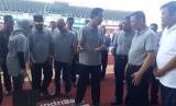 Gubernur DIY saat meresmikan Stadion Mandala Krida Baru.