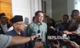 Gubernur Jawa Barat, Ridwan Kamil saat silaturrahim ke kediaman  Calon Wakil Presiden nomor urut 01, KH. Ma'ruf Amin di Jalan Sitibondo,  Menteng, Jakarta Pusat, Selasa (12/2).