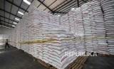 Gula Rafinasi (Ilustrasi). GAPPMI menyebut stok Gula Kristal Rafinasi (GKR) sebagai bahan baku industri makanan dan minuman di Indonesia telah menipis dan sebagian telah habis.