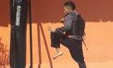Hanifan Yudani Kusuma, atlet pencak silat asal Jalan Pasir Kerenceng RT 03/07 Kampung Mulyasari, Desa Cincin, Soreang, Kabupaten Bandung berhasil menyabet medali emas Asian Games pada Men's Class C (55-66kg) saat tengah latihan di perguran Tadjimalela.
