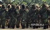 Ilustrasi Defile pasukan TNI.