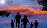 Kekuatan keluarga bisa dicapai lewat kerjasama seluruh anggota keluarga.