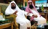 Warga AS Masuk Islam, Syahadat Dibimbing Imam Masjidil Haram. Foto: Imam Besar Masjidil Haram, Syeikh Abdurrahman As Sudais (kiri).
