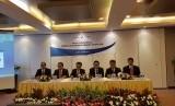 Jajaran direksi Indonesia Eximbank saat memberikan paparan kinerja 2016 di Jakarta, Rabu (15/3)